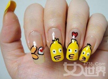 周周小可爱的指甲图片