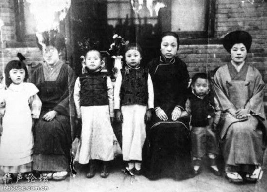 张学良、赵氏、日本领事夫人-军阀张作霖罕见家族照 女儿漂亮儿子帅图片