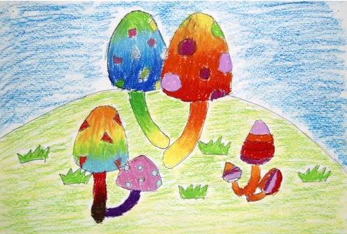 儿童蜡笔画获奖作品-蘑菇家族