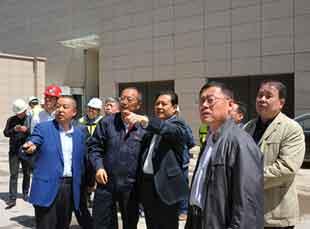兰州市政协副主席严志坚走访调研重大项目