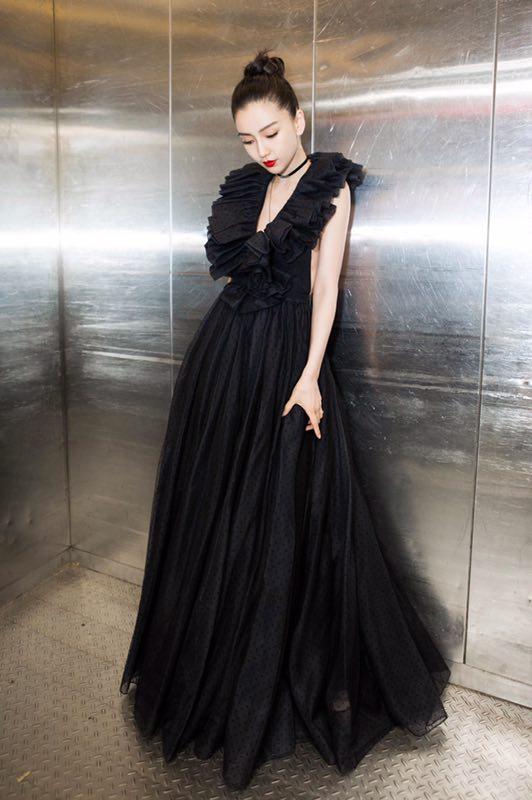 杨颖晚礼服设计图