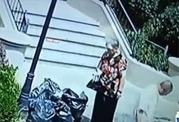 大连:老夫妻捡废品捡到15万 如数归还