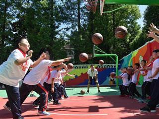 """公益环保帮助小学生乐享""""活力校园"""""""