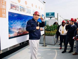 """中外记者在北京新机场感受""""中国速度"""""""