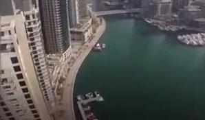 迪拜高空滑索 360度纵览城市美景
