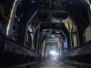 中老铁路第一条隧道全线贯通