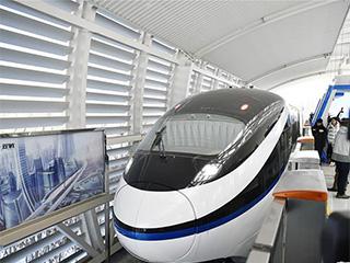 """比亚迪、华为联合发布""""云轨""""无人驾驶系统"""