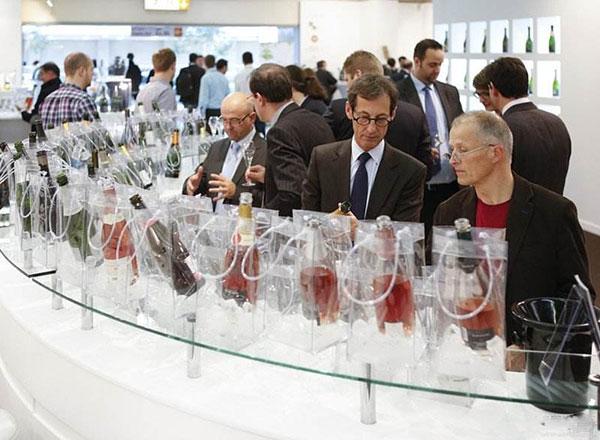 中国多个酒类品牌亮相世界顶级酒展