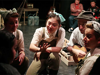 上海儿童艺术剧场尝试特殊儿童观众剧