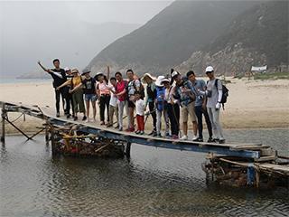 """香港""""五一""""假期内地游客增22.4%"""
