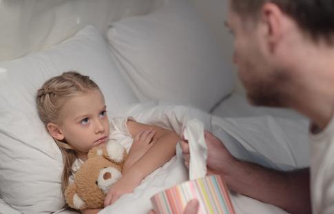 幼儿手足口病进入高发期 爸爸妈妈须留意
