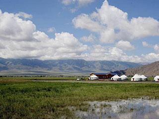 新疆:巴里坤草原美如画