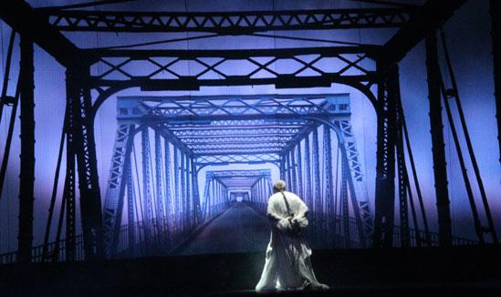 原创话剧《天下第一桥》再现百年文物沧桑历史