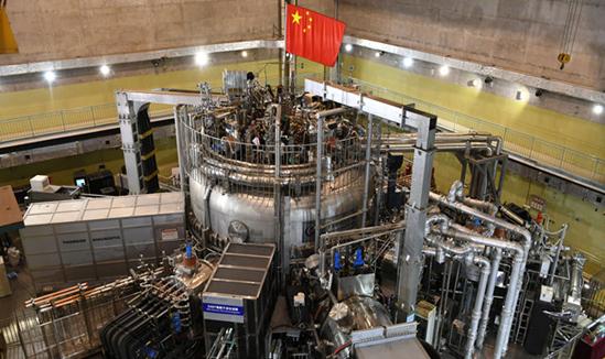 我国人造太阳EAST装置实现1亿摄氏度等离子体运行