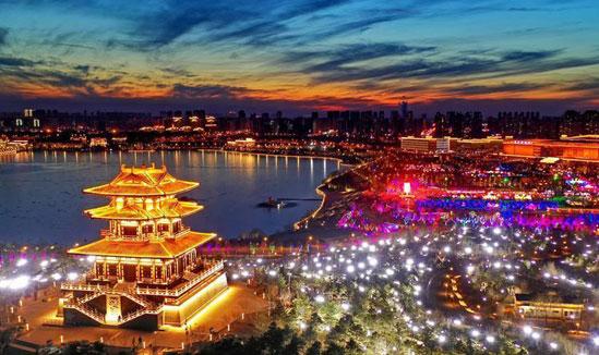 唐山南湖:流光溢彩迎元宵