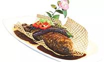 土灶活鱼炖茄子