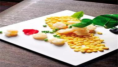 香煎水晶虾拼蛋香玉米