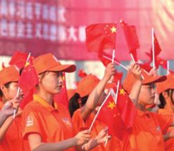 精致兰州丨穿着红马甲的志愿者们用爱温暖一座城