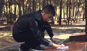 我的(de)入�h故事――�hche)de)旗�� 照(zhao)我前(qian)行 王瑞(rui)峰
