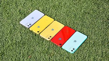 库克放狠招,苹果机皇降价三千多,还买啥廉价版iPhone11