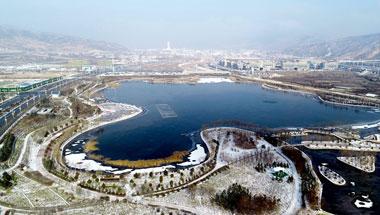 【新视觉】雪后的定西东湖公园景色别样