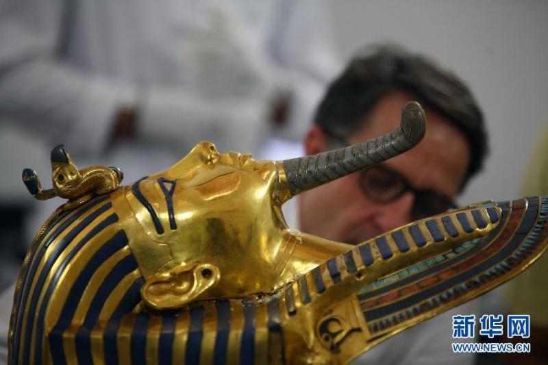 0月20日,在埃及开罗的埃及国家博物馆,德国专家克里斯蒂安.埃克图片